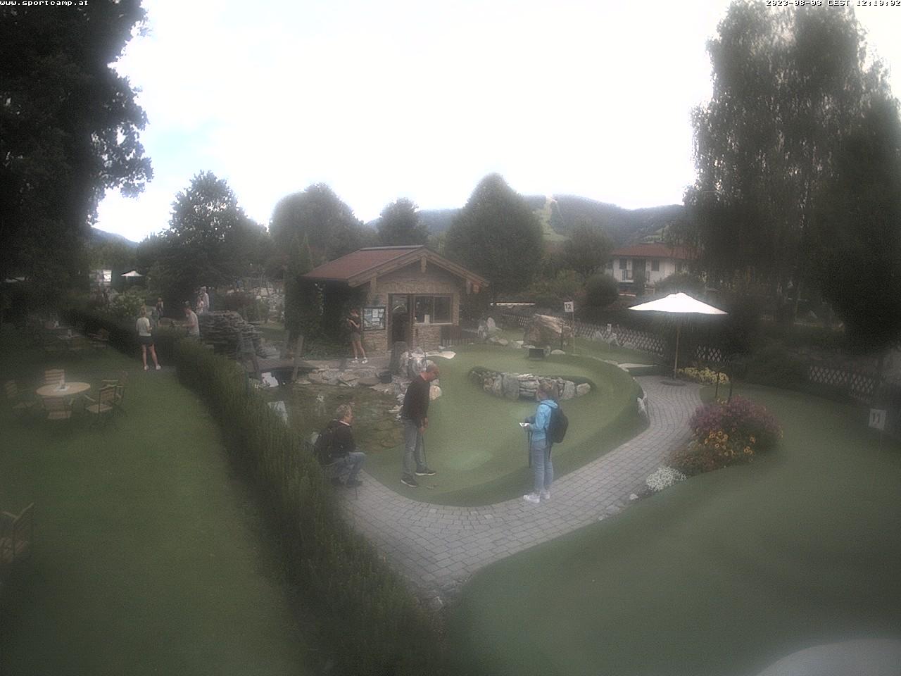 Webcam Adventure Golf and Terrace